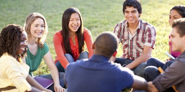 studentssocializing